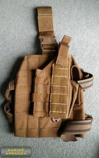 "Universalus pistoleto dėklas BLACKHAWK su nuimama ""platforma"" (BLACKHAWK Pistol Dropleg Holster Platform Tan Desert Molle)."