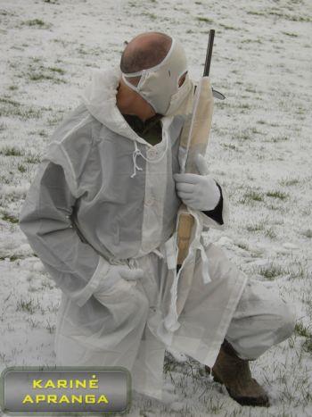 Profesionalus, baltos spalvos maskuojamųjų drabužių komplektas