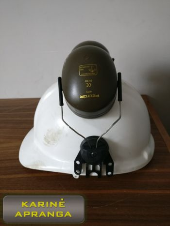 """Baltas apsauginis šalmas ir """"Peltor"""" ausinės, mažai naudoti (Peltor ear muff, helmet, white, used, Grade 1)"""