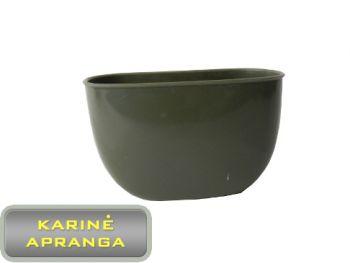 Žalios spalvos plastmasinis kariškas puodelis.