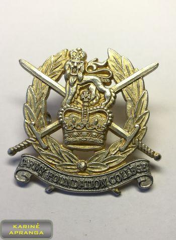 Karališkosios kariuomenės Valstybinio koledžo beretės ženklas. Nr.30
